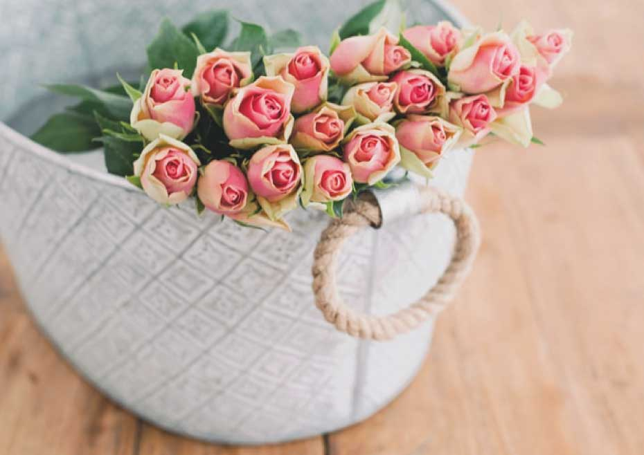How To Pick Rose Colours To Convey Your Feelings To Your Husband